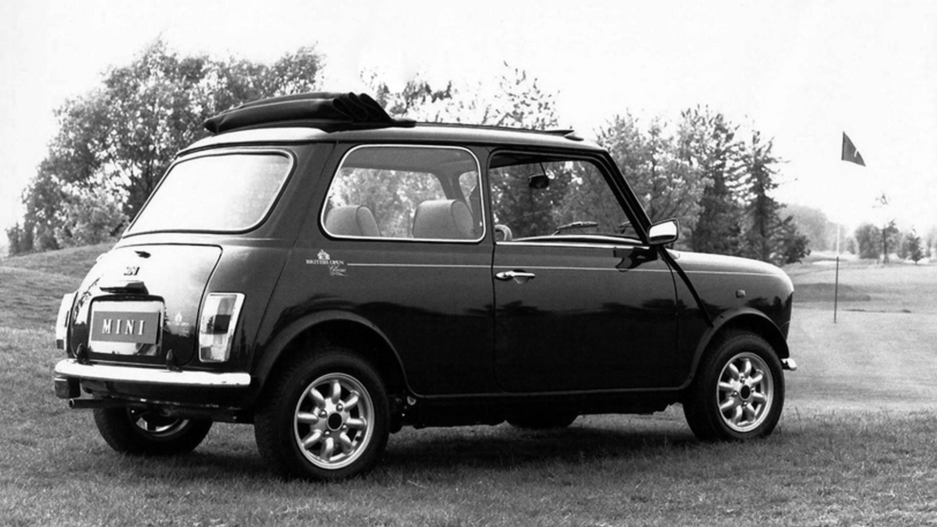 5a94149e483c1 classic mini through the years چرا ما کلاسیک مینی را دوست داریم   اجاره ماشین