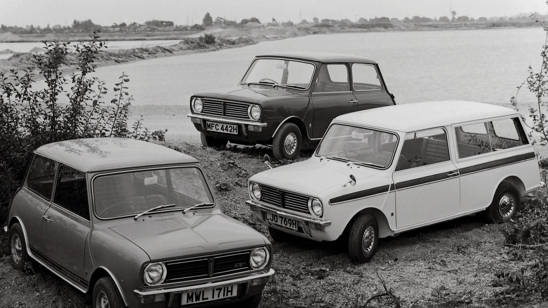5a9414a9b7ad9 classic mini through the years چرا ما کلاسیک مینی را دوست داریم   اجاره ماشین