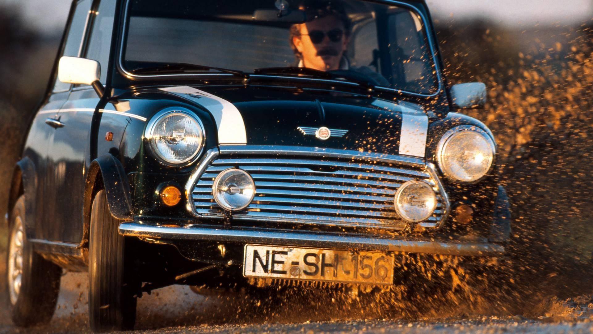 5a9414b59b052 classic mini through the years چرا ما کلاسیک مینی را دوست داریم   اجاره ماشین