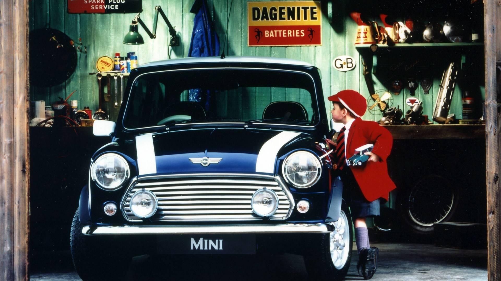 5a9414cd925c1 classic mini through the years چرا ما کلاسیک مینی را دوست داریم   اجاره ماشین