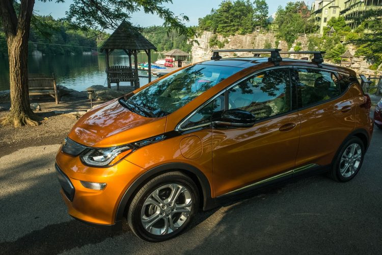 2017 Chevrolet BoltEV 083 750x500 شش ماشین الکتریکی هزینه کمتر در هر کیلووات ساعت معرفی شد   اجاره ماشین