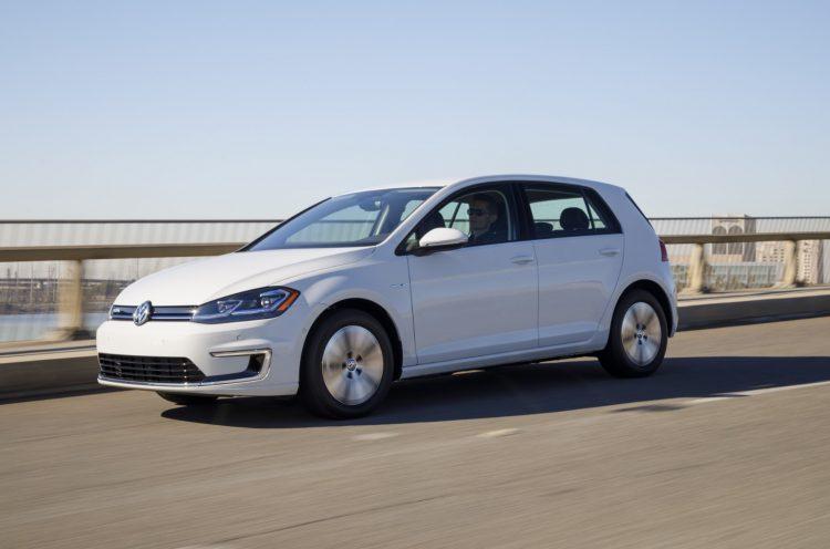 VW e Golf 750x496 شش ماشین الکتریکی هزینه کمتر در هر کیلووات ساعت معرفی شد   اجاره ماشین