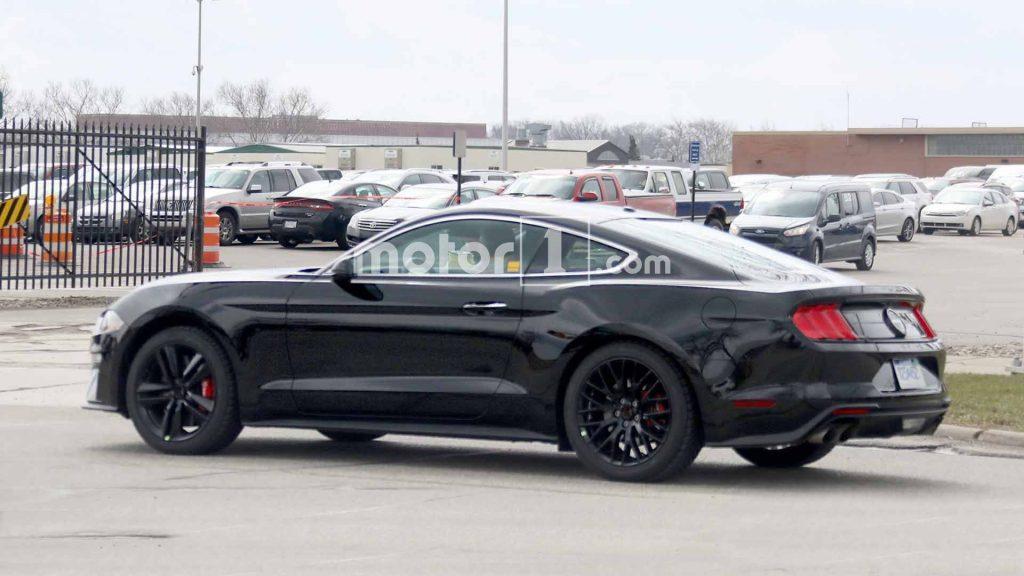 فورد موستانگ بولیت - اجاره ماشین - اجاره خودرو - کرایه ماشین