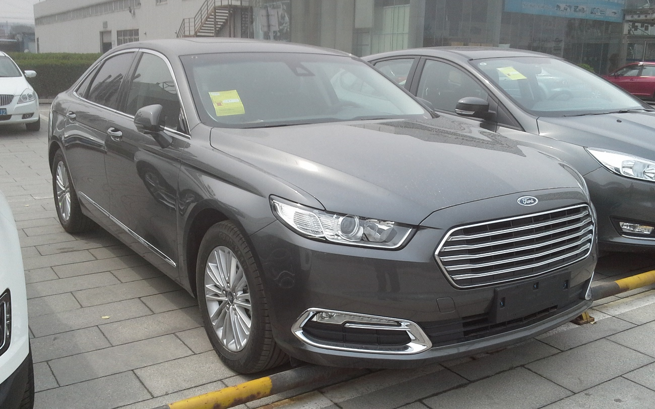 Ford Taurus CN 01 China 2016 04 12 بهترین اتومبیل های تخفیف در آوریل ۴۰۰۰ دلار و بالاتر   اجاره ماشین